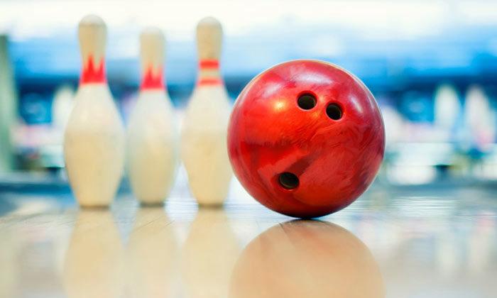 Bowling et goûter avec le Club Âge d'Or
