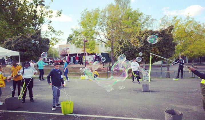 Ouverture de la saison culturelle : animation bulles de savons
